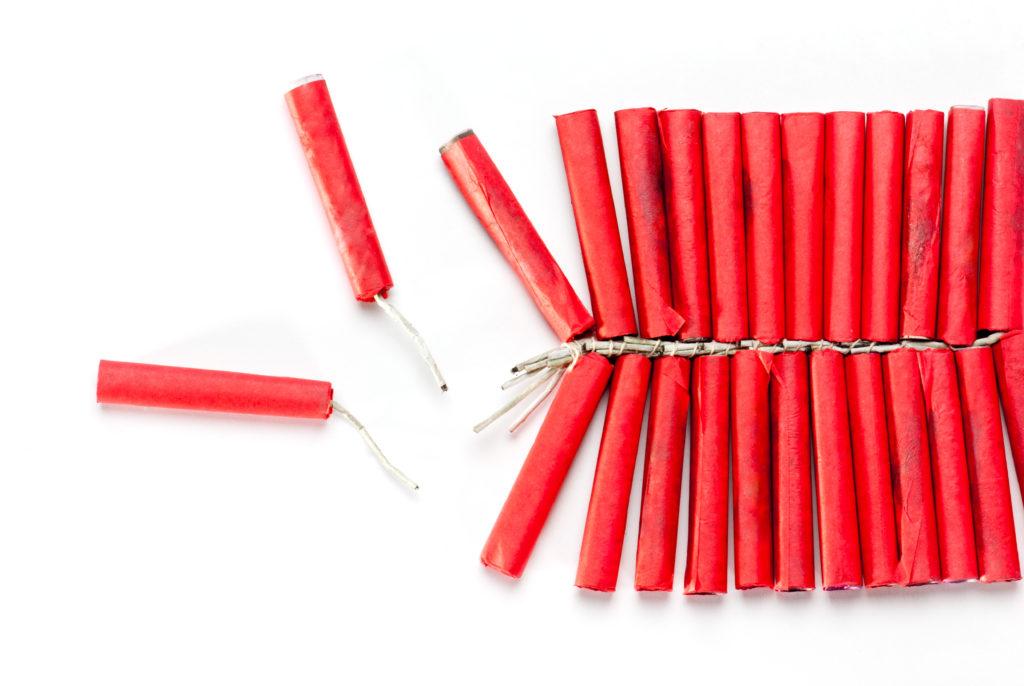 De kleine lettertjes (10) : Vuurwerkschade, gedekt of niet?